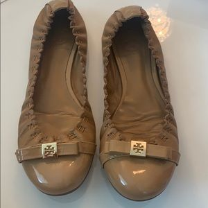 Tory Burch Romy bow flats size 6
